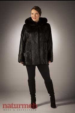 """Куртка с капюшоном, отделка песец Производитель: """"СимонА""""  ИП Симахов С.Г."""